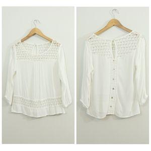 Solitaire White Gauzy Crochet Lace Faux Button Top